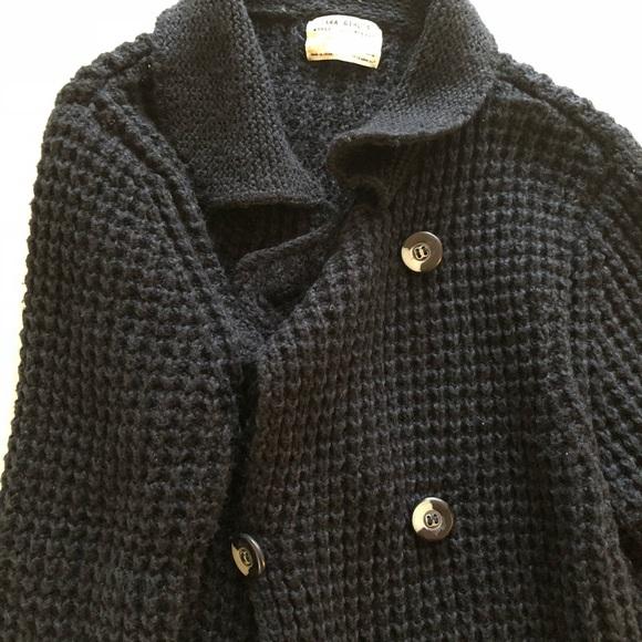 e37eb1970 Zara - Zara Navy Knit Sweater Size S Wardrobe staple! from Jillian s ...
